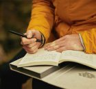 THE BENEFITS OF KEEPING A TRAVEL JOURNAL